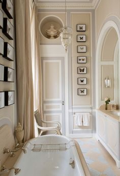 Camel and gray - The Enchanted Home This elegant bathroom looks like it could… Feminine Bathroom, White Bathroom, Royal Bathroom, Parisian Bathroom, Parisian Decor, French Bathroom, Narrow Bathroom, Bathroom Bath, Bathroom Colors