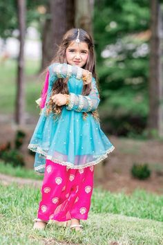 New Pictures of Cutest and Youngest Pakistani/American 4 years Old Model Miah Dhanani Cute Little Baby Girl, Cute Baby Girl Images, Kids Dress Wear, Fancy Dress For Kids, Wedding Dresses For Kids, Little Girl Dresses, Pakistani Kids Dresses, Designer Kids Wear, Kids Ethnic Wear