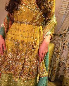The Pakistani Bride Bridal Mehndi Dresses, Asian Wedding Dress, Celebrity Wedding Dresses, Pakistani Wedding Outfits, Pakistani Wedding Dresses, Indian Dresses, Shadi Dresses, Churidar, Anarkali