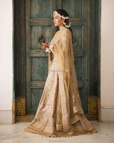 Presenting you latest Bridal Lehengas.From designer bridal lehengas to unique bridal lehengas, we have got variety of lehengas #shaadisaga #indianwedding #bridallehengacollection #bridallehengared #bridallehengadesigner #bridallehengaindian #bridallehengapink #bridallehengalatest #bridallehengamaroon #bridallehengaunique #bridallehengagolden #bridallehengawhite #bridallehengaorange #bridallehengayellow #bridallehengasimple #bridallehengapastel #bridallehengagreen #bridallehengablue #lehenga Wedding Looks, Wedding Hair, Wedding Makeup, Wedding Dresses, Wedding Outfits, Wedding Pastel, Wedding Orange, Wedding Veils, Spring Wedding