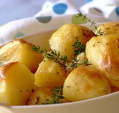 Festive Fondant Potatoes Recipe from Whats For Dinner Special Recipes, Quick Recipes, Side Dish Recipes, Gluten Free Recipes, Cooking Recipes, Kid Recipes, Potato Barrel, Fondant Potatoes, Roman Food