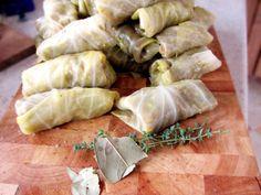 Sarmale De Post. Retete Pentru Cele Mai Bune Sarmale De Post | Libertatea Romanian Food, Chicken Recipes, Cabbage, Garlic, Mai, Vegan, Vegetables, Diet, Cabbages