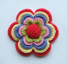 Luty Artes Crochet: Encontrei este pap desta flor na web achei bem interessante.