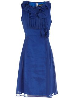 such a cute dress! would make the perfect bridesmaid dress.