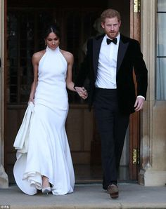 Tips: As for touch-ups, Daniel said Meghan (pictured with Prince Harry on their way to the... #meghanmarkle #princeharry