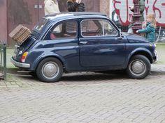 Fiat dark blue with picknick basket on the back