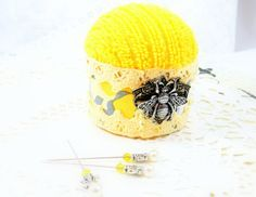 Sunny yellow pincushion sewing craft scrapbook room needlecraft accessories straight pins needles bees honey gray floral pin cushion tagt