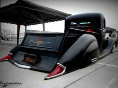 Now this is an unbelievable low Ford | Pinups and Kustoms Magazine | A Cocktail of Rockabilly with a Twist of Glamour