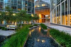 The Avenue in Washington DC by Sasaki Associates. Click image for full profile and visit the slowottawa.ca boards >> http://www.pinterest.com/slowottawa/boards/