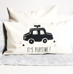 coussin housse de coussin enfant montagnes noir et. Black Bedroom Furniture Sets. Home Design Ideas