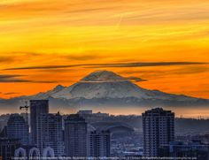 Mt. Rainier and downtown Seattle at sunrise