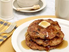 Oatmeal Cookie Pancakes Recipe : Rachael Ray : Food Network - FoodNetwork.com, minus the raisins perhaps sub chocolate chips or dried cranberries