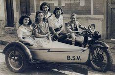 Dedé Ceccarelli ao centro... o Side Car / Barco foi criação de seu pai, Constante Ceccarelli Sidecar, Pai, Centre