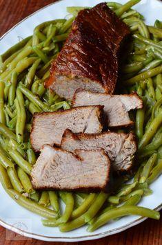 FRIPTURI FESTIVE - CAIETUL CU RETETE Romanian Food, Cordon Bleu, Carne, Good Food, Food And Drink, Healthy Recipes, Meat, Christmas, Kitchens
