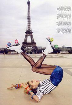 Cool rollerskating photograph, rollerskate fashion