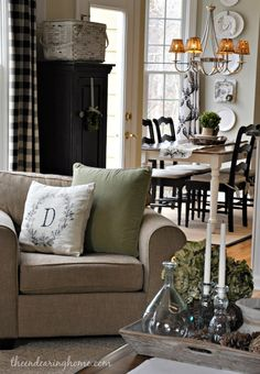 The Endearing Home family room via Savvy Southern Style room feature leather neutral black white My Living Room, Home And Living, Living Room Decor, Living Spaces, Savvy Southern Style, Built In Cabinets, Country Decor, Decoration, Sweet Home