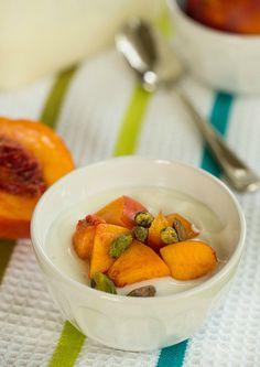 DIY: Homemade Greek Yogurt on @Michelle (Brown Eyed Baker) :: www.browneyedbaker.com
