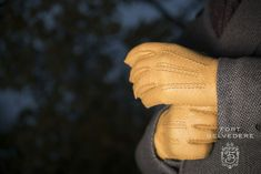 0883cf8d42e0e Peccary Gloves Buying Guide — Gentleman's Gazette Winter Must Haves, Dress  Gloves, Leather Men