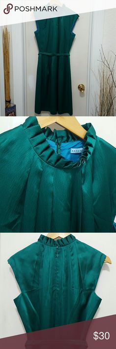 Antonio Melani Silk Dress size 4 Excellent clean condition, lining inside, beautiful green color. Antonio Melani  Dresses Midi