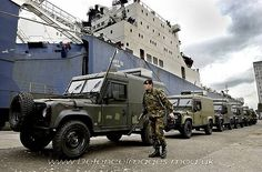 Defence of the Realm: June 2006 Military News, Military Photos, Military Service, Adventure Car, British Armed Forces, Army Vehicles, British Army, Land Rover Defender, Tactical Gear