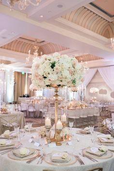 White Wedding Decorations, Luxury Wedding Decor, Beach Wedding Centerpieces, Hotel Wedding, Wedding Themes, Elegant Wedding, Wedding Table, Floral Wedding, Wedding Ideas