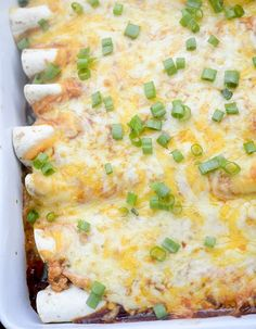 Healthy Baked Turkey Enchiladas – Recipe Diaries Smart Points: 6 serving size (1 enchilada) NUTRITION INFORMATION Serving size: 1 Calories: 229 Fat: 7 Saturated fat: 3 Carbohydrates: 20 Sugar: 1 Fiber: 1 Protein: 22