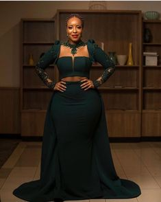 BellaNaija Style's 18 Most Memorable Red Carpet Looks of 2018 Simple Dresses, Cheap Dresses, Pretty Dresses, African Party Dresses, African Lace, African Wear, African Dress, Dressed To The Nines, Africa Fashion