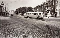Šafárikovo námestie I. Bratislava, Historical Photos, Arches, Maine, Nostalgia, Street View, Urban, Times, Retro