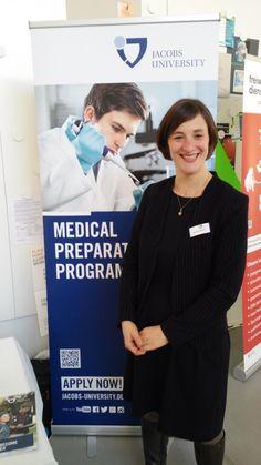 Dr. Janine Reinhard stand für alle Fragen zum Medical Preparatory Programm der Jacobs University Bremen bereit.  http://www.jacobs-university.de/study/preparatory-study-programs/medprep/program