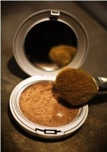 DIY bronzer: mix cornstarch, cinnamon, cocoa, and nutmeg until desired shade. Natural and great for your skin.... guess what im trying!!!