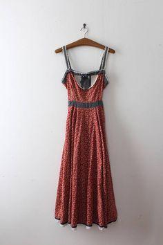 Fantastic designer Gunne Sax prairie dress from the 1970s. Label: Gunne Sax