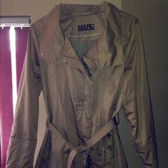Marc New York copper trench coat with belt 3/4 trench coat with belt and two zipper pockets. Great condition .. I hardly wore it. Too big for me. Beautiful jacket. Marc new york /Andrew Marc Jackets & Coats Trench Coats