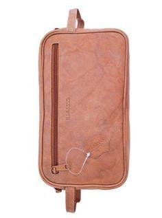 Italian leather dopp kit. 100% Handmade in Italy from vegetable dyed leather  Dopp Kit 15b39b4eb3661