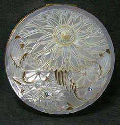 Vintage Compact Mirrors Thoughtful Keepsakes Will Hold Powder Pans Between 60 mm 67 mm