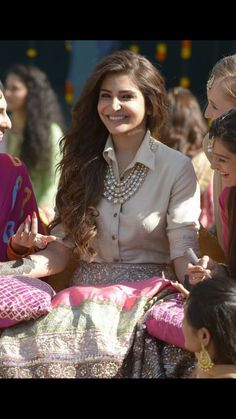 'Ae Dil Hai Mushkil's' Alizeh is All Abou Indian Gowns Dresses, Indian Fashion Dresses, Indian Designer Outfits, Indian Skirt, Dress Indian Style, Look Fashion, Skirt Fashion, Fashion Outfits, Indian Wedding Outfits