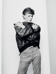 http://pixel.nymag.com/content/dam/daily/vulture/2013/02/22/22-david-bowie-1.jpg