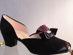 Vintage Daniel Green Rhinestone Boudoir Peep Toe House Shoes Slippers 7.5 Daniel Green Slippers, Boudoir, Kitten Heels, Peep Toe, Footwear, House, Beautiful, Vintage, Fashion