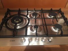 BOSCH - - 5 burner gas hob with wok style burner Gas Hobs, Wok, Stove, Kitchen Ideas, Kitchen Appliances, Cleaning, Cooking, Easy, Kitchens