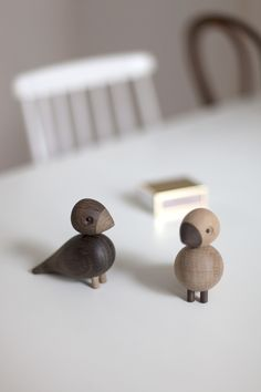 Cozy and playful for the winter months - via cocolapinedesign.com #lovebirds #kaybojesen