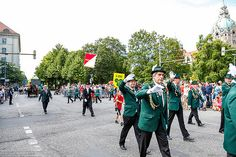 485. Schützenfest in Hannover Schützenausmarsch am 06.07.2014 1.Zug Weiße Standarte