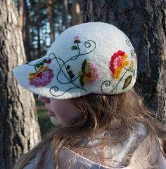 White Handmade natural felt baseball cup, wool hat for women, girl оff white