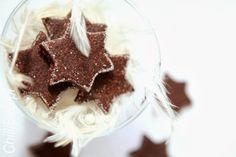 Bazyliszki - czekoladowo-migdałowe ciasteczka z Bazylei