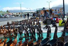 Crafts on sale in Hout Bay, Western Cape. Image courtesy of Khaled-AL-Ajmi via Flickr.