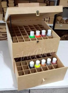 Diy Cardboard Furniture, Cardboard Box Crafts, Cardboard Paper, Craft Paint Storage, Diy Storage Boxes, Diy Home Crafts, Diy Arts And Crafts, Home Nail Salon, Dollar Store Crafts
