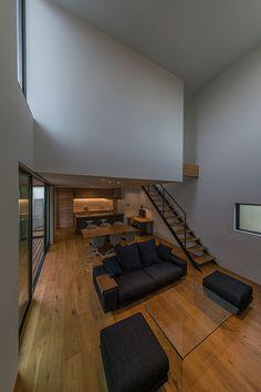 回廊の家 | 注文住宅なら建築設計事務所 フリーダムアーキテクツデザイン Room Interior, Interior Modern, Interior Design, Contemporary Architecture, Interior Architecture, Small Balcony Design, Bedroom Floor Plans, Loft House, Piece A Vivre
