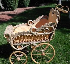 Victorian Style Doll Baby Buggy/pram Wicker