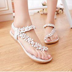 125079effabdb Aliexpress.com   Buy Summer Women Sandals 2018 Fashion Bohemia Women s  Shoes Flower Sandalias Femininas Casual Thong Flats Shoes Women from  Reliable summer ...