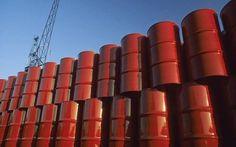 ارتفاع مخزونات النفط الأمريكية بعكس التوقعات                مباشر: صعدت مخزونات النفط في الولايات المتحدة خلال الأسبوع الماضي بعكس توقعات المحللين بالتزامن مع هبوط قوي لمخزونات البنزين الأمريكية. وأظهرت بيانات إدارة معلومات الطاقة الأمريكية اليوم الأربعاء أن مخزونات النفط ارتفعت خلال الأسبوع المنتهي في 20 أكتوبر الجاري بنحو 0.9 مليون برميل لتصل إلى مستوى 457.3 مليون برميل. وكانت توقعات المحللين قد تشير إلى أن مخزونات النفط الأمريكية سوف تنخفض بنحو 2.6 مليون برميل خلال الأسبوع الماضي. وذكر…