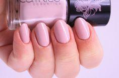 Catrice Hollywood´s Fabulous 40ties - The nude Scene #nude #catrice #nailpolish #crueltyfree #pink