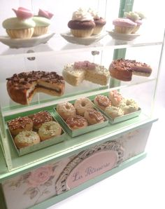 Miniature Patisserie display case by ManthaCreaMiniatures on Etsy, $82.00